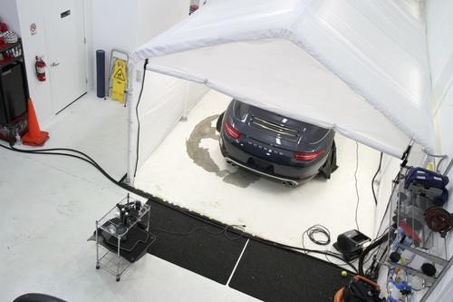 scheer-detailing-Porsche inside wash station