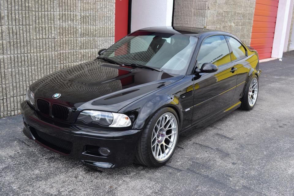 Black BMW E46 M3
